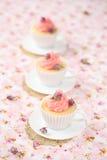 Litchi Rose Cupcakes Image libre de droits