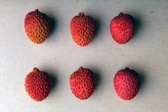 Litchiplommonfrukt inget studio royaltyfria bilder