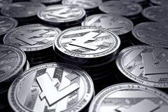 Litecoin铸造模糊的特写镜头的国际航空测量中心 新的cryptocurrency和现代银行业务概念 皇族释放例证