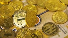 Litecoin cai nos bitcoins criados como a moeda vídeos de arquivo