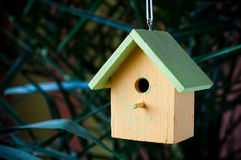 liten birdhouse Royaltyfria Foton