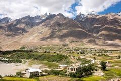 Liten dal i Zanskar Royaltyfri Fotografi