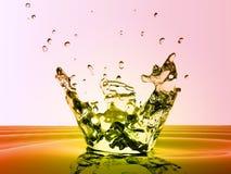 liten droppe plaskar vatten Royaltyfri Foto
