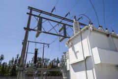 Liten elektricitet som frambringar stationen arkivbilder