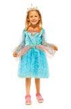 Liten flicka i prinsessaklänning med kronan Arkivbilder