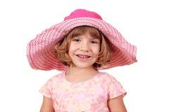 Liten flicka med den stora hatten Royaltyfri Fotografi