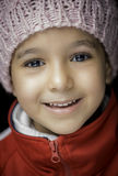 Liten flicka med härligt leende Arkivbilder