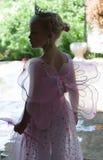Liten flicka som ensaga balettprincess Arkivbilder