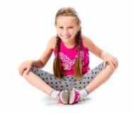 Liten flicka som gör yoga Royaltyfria Bilder