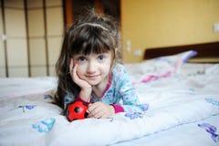 liten flickapajama Fotografering för Bildbyråer