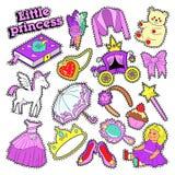 Liten flickaprinsessa Badges, lappar, klistermärkear med leksaker, enhörning och kläder vektor illustrationer