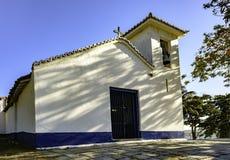 Liten forntida kyrklig fasad Royaltyfri Foto
