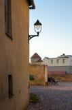 Liten fyrkant av en liten stad Fotografering för Bildbyråer