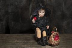 Liten halloween häxa Royaltyfri Fotografi