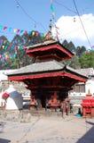 Liten hinduisk tempel på den Patan Durbar fyrkanten Royaltyfria Foton