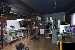 Liten kommersiell fotografisk studio Fotografering för Bildbyråer