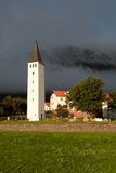 Liten kyrka i iceland Royaltyfri Foto
