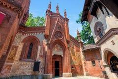 Liten kyrka i Turin, Italien arkivbild