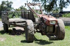 Liten lantgårdtraktor Royaltyfri Fotografi
