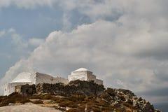 Liten lantlig byzantine kyrka i Grekland arkivfoto