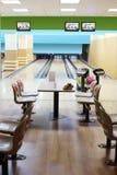 Liten ljus bowlingklubba Arkivbilder