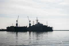 Liten missilkrigsskepp i hamnen som är baltisk, Ryssland Royaltyfri Bild