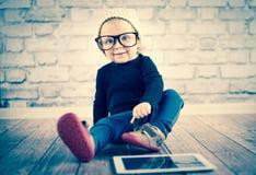 Liten nerd fotografering för bildbyråer