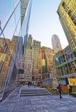 Liten offentlig trädgård på den västra 42nd midtownen Manhattan för gata 120 Royaltyfria Bilder