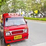 liten patong taxar tuk Fotografering för Bildbyråer