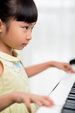 liten pianist Arkivbilder