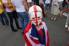 Liten pojke - engelsk fotbollventilator Arkivbild