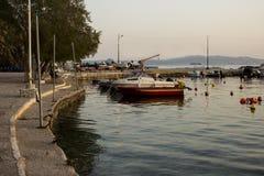 Liten port med fartyg Royaltyfri Fotografi