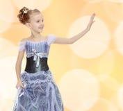 liten princess för härlig klänningflicka royaltyfria foton