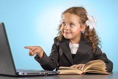 liten schoolgirl Arkivfoton