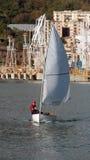 liten segelbåt Royaltyfri Fotografi