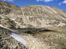 Liten sjö i Colorado berg Arkivbild