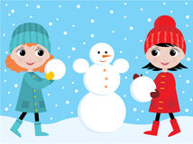 liten snowman för byggandeflickor Royaltyfria Foton