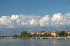 Liten stad av Nin Kroatien arkivbilder