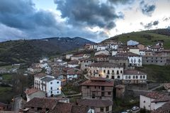Liten stad i Spanien Arkivfoto