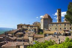Liten stad Volterra i Tuscany Royaltyfri Fotografi