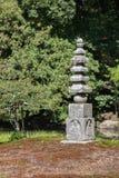 Liten stenbuddistpagoda Arkivbild