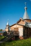 Liten träkyrka på Sergeevo, Palekh, Vladimir region, Ryssland Royaltyfria Foton