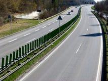 Liten trafik på vägen för 4 gränd arkivbilder