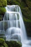 liten vattenfall royaltyfri fotografi