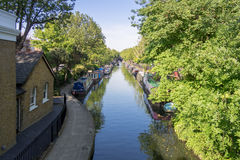 Liten Venedig kanal i London Arkivfoto