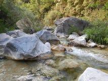 Liten vik Rio Barbaira i Rocchetta Nervina, Liguria - Italien Fotografering för Bildbyråer