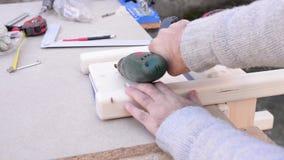 Liten wood stol lager videofilmer