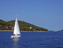 liten yacht Royaltyfri Fotografi