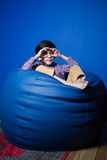Litet asiatiskt pojkesammanträde Arkivfoton