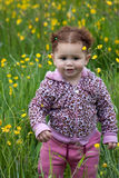 litet barn för 4 blomma Arkivbild
